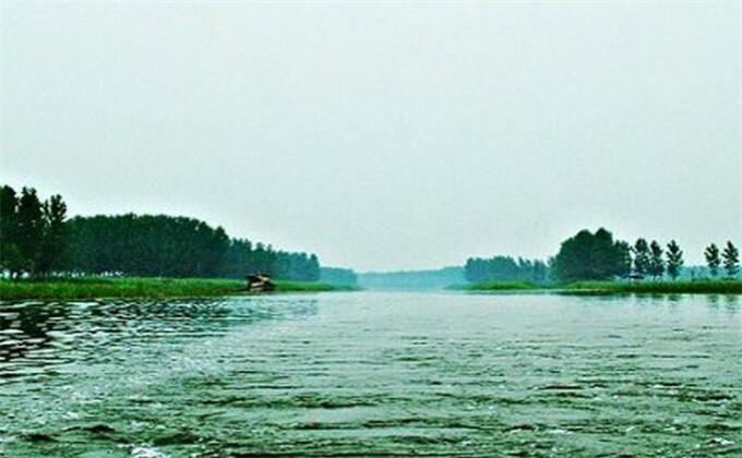 微山湖红荷湿地里面多长时间能玩完