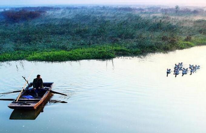 微山湖红荷湿地附近住宿攻略