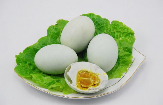 微山湖特产咸鸭蛋